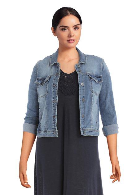 Veste en jean avec boutons argentées