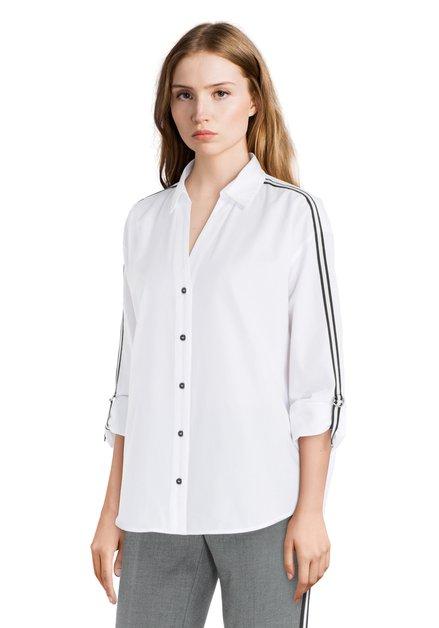 Wit hemd met sportieve biesjes