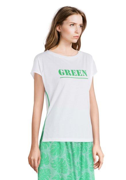 Wit T-shirt met opschrift 'GREEN'