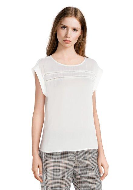 Witte blouse met detail in kant