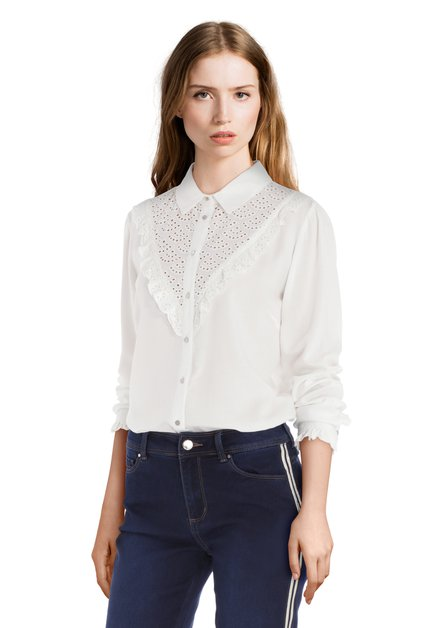 Witte blouse met frivole kant