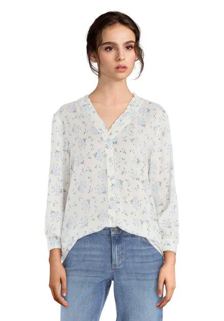 Witte blouse met lichtblauw bloemenmotiefje