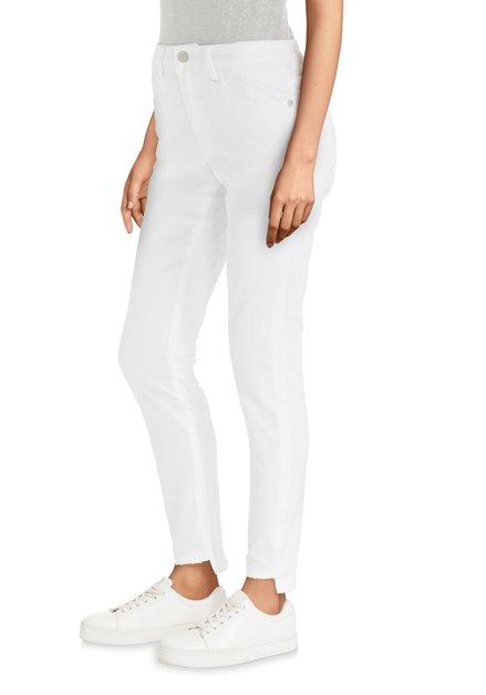 Witte jeans met uitsnijding aan pijpen - slim fit