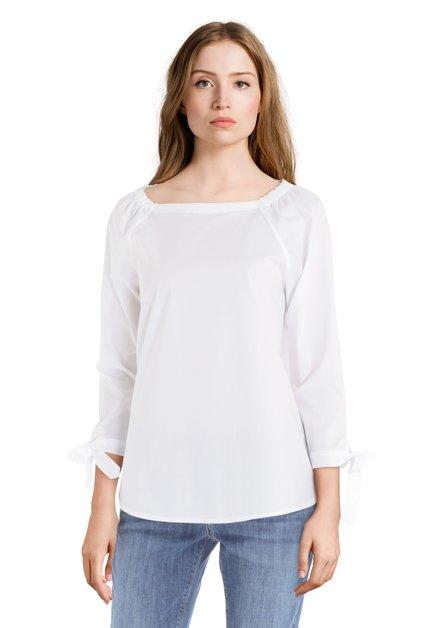 Witte katoenen blouse met ronde hals