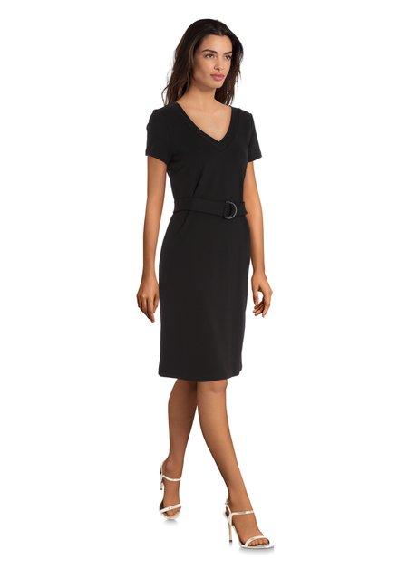 Zwart kleed met v-hals en tailleriem