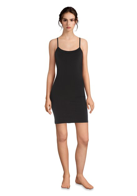 Zwart onderkleedje met kant