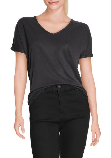 Zwart T-shirt met v-hals in modal