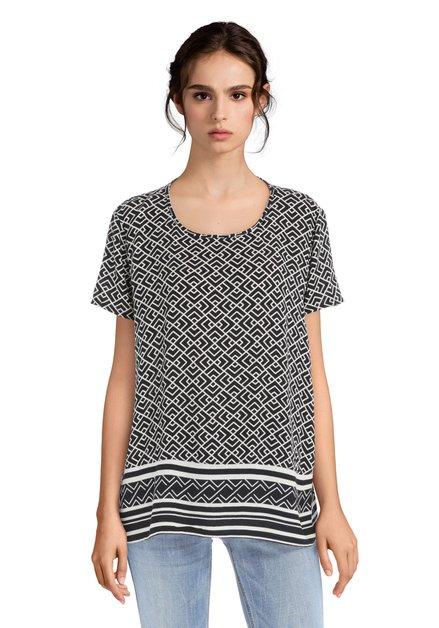 Zwart-witte blouse met geometrisch motief