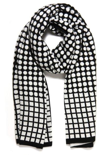 Zwart-witte sjaal met geometrisch print