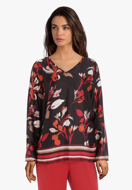 Zwarte blouse met rode bloemen