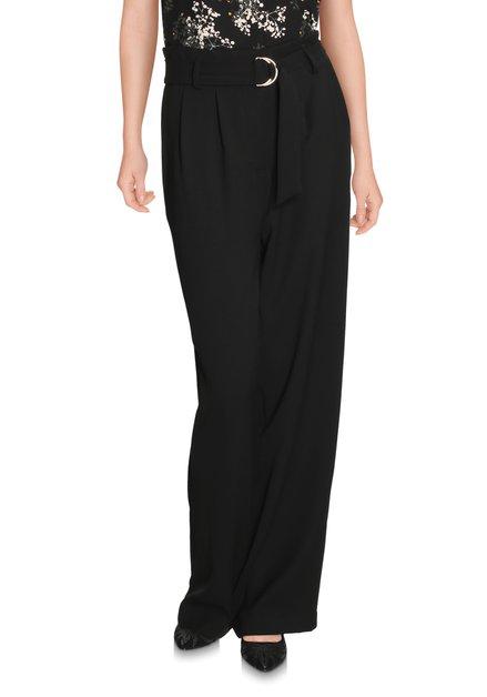 Zwarte losse broek met tailleriem