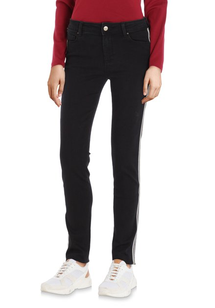 Zwarte 'push-up' broek met biesje - slim fit