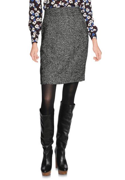 Zwarte rok met visgraatmotief