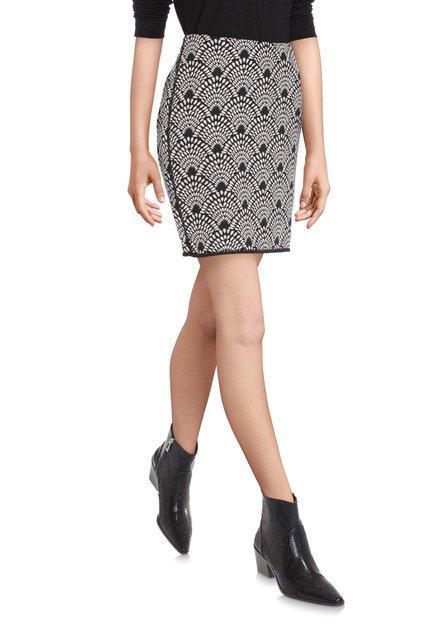 Zwarte rok met wit motief in reliëf