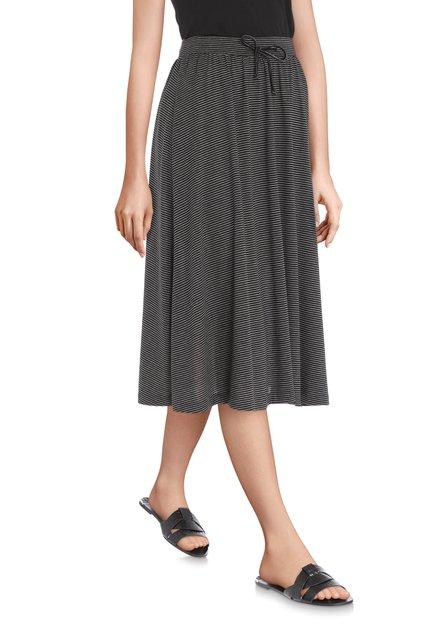 Zwarte rok met witte streepjes