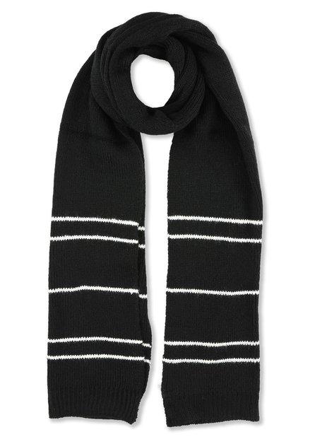 Zwarte sjaal met witte strepen