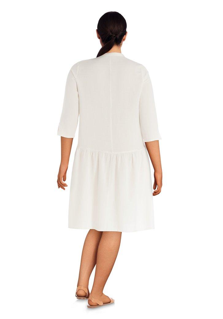 Beste Ecru jurk met bruine knopen van Only Carmakoma | 4762090 | e5 mode CK-88