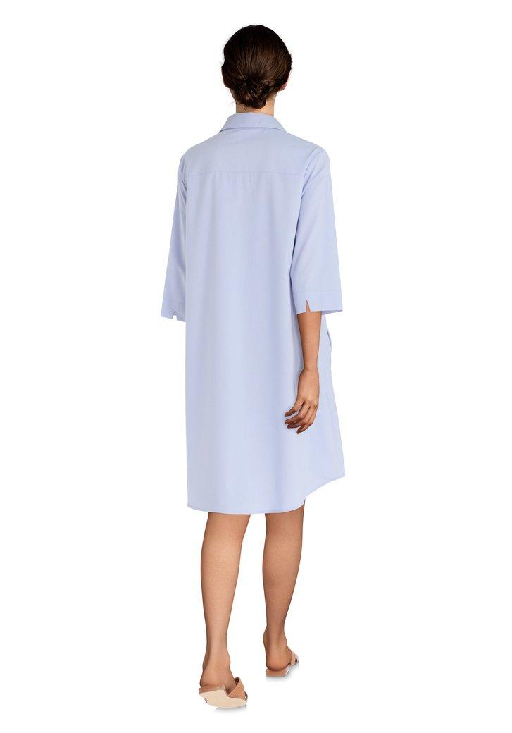 85073f038350ef Lichtblauwe jurk met decoratieve naden van L histoire de Louise ...