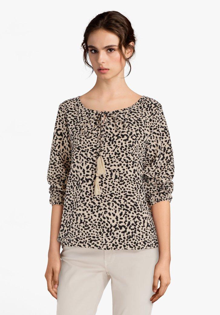 Afbeelding van Beige blouse met zwarte panterprint