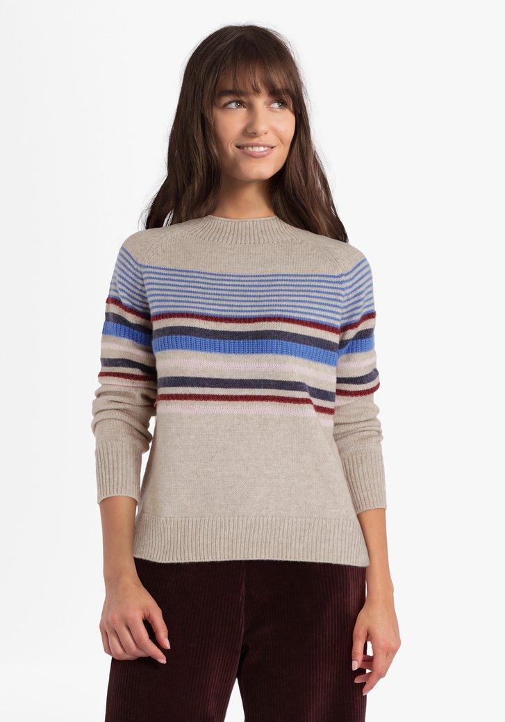 Beige gebreide trui met gekleurde lijnen