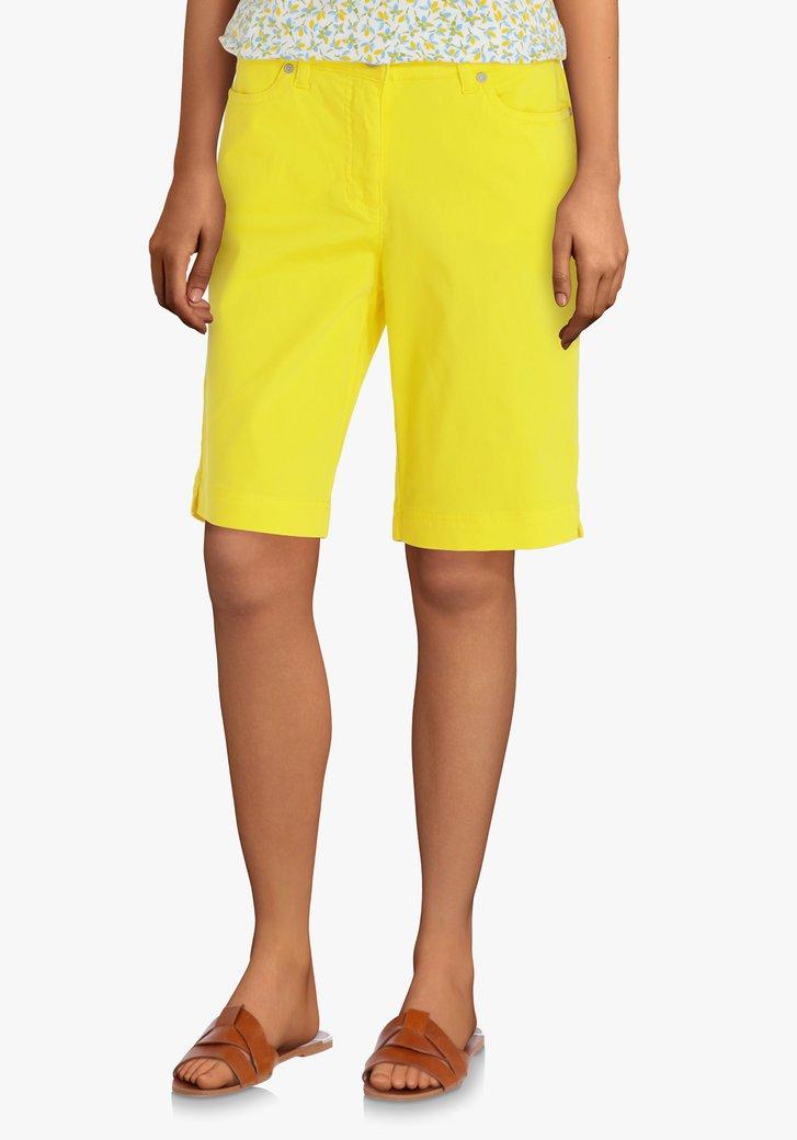 Bermuda jaune avec du stretch