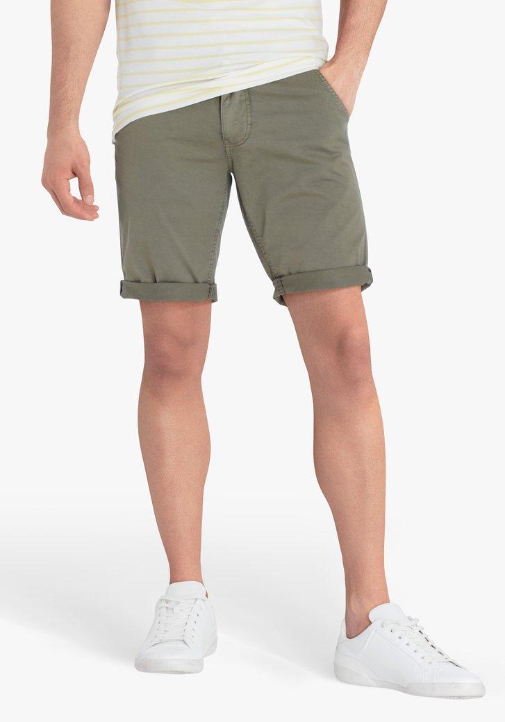 Bermuda kaki