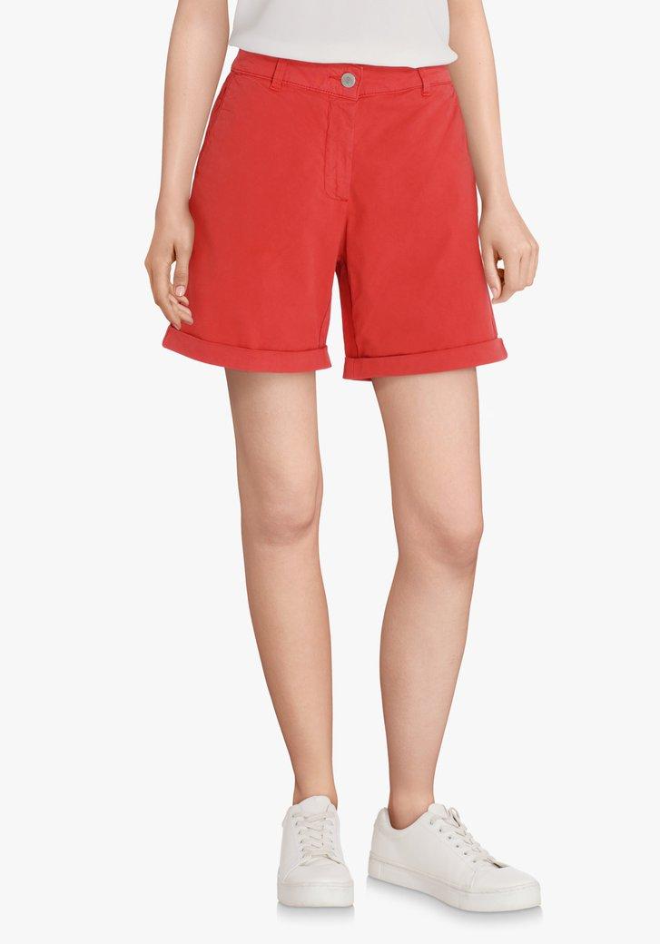 Bermuda rouge en coton extensible