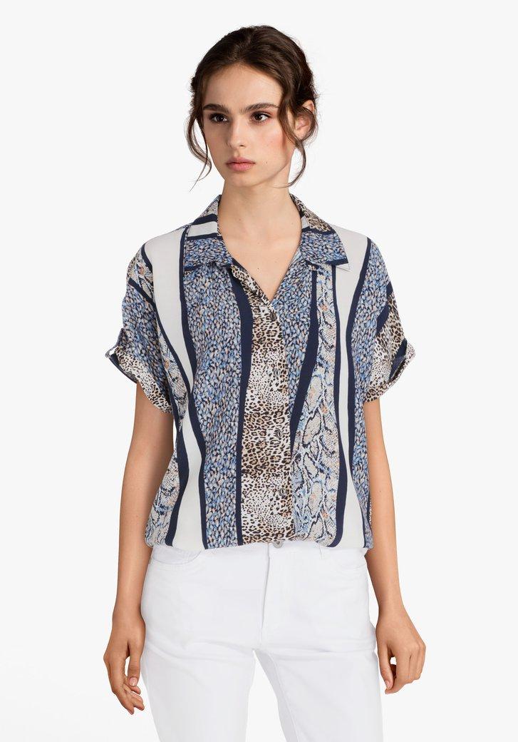 Blauw-beige blouse met dierenprints