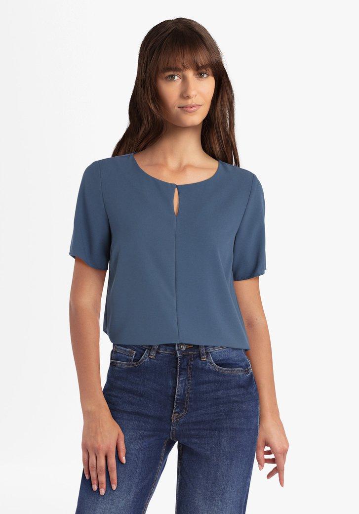 Blauwe blouse met verticale deelnaad