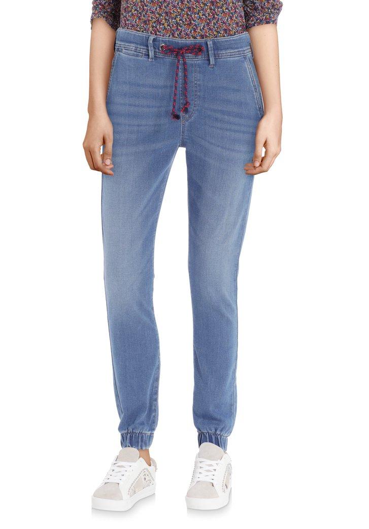 Blauwe denim met gekleurd taillelint - slim fit