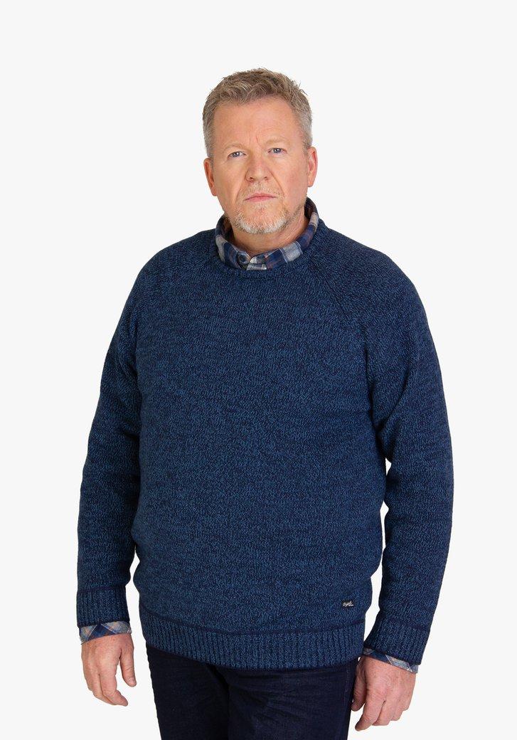 Blauwe gebreide trui