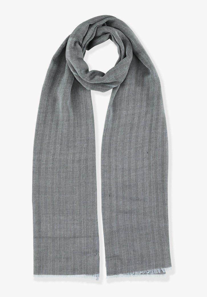 Blauwe sjaal met visgraatmotief