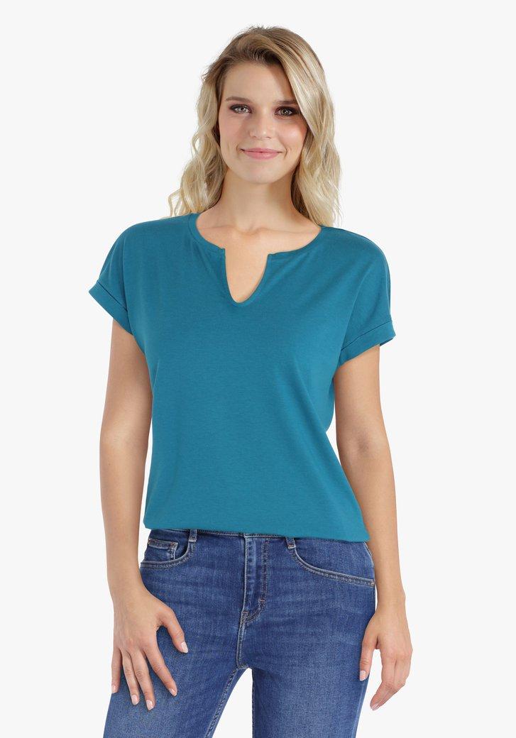 Blauwgroene T-shirt met kleine V-hals
