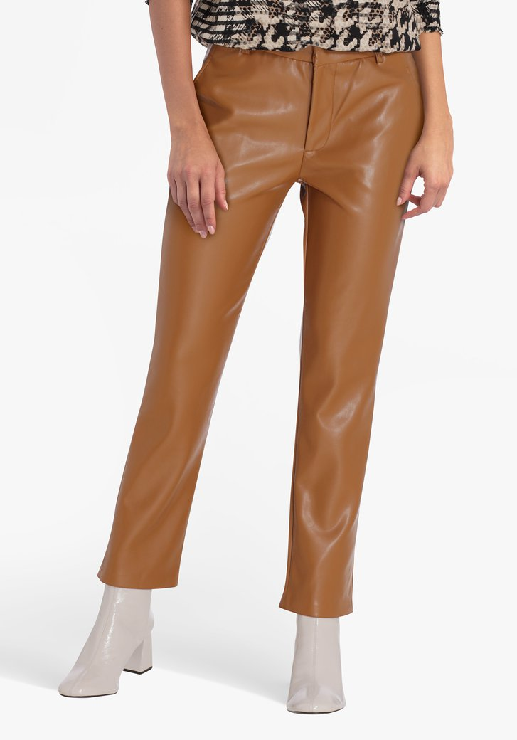 Bruine broek in faux leather - straight fit