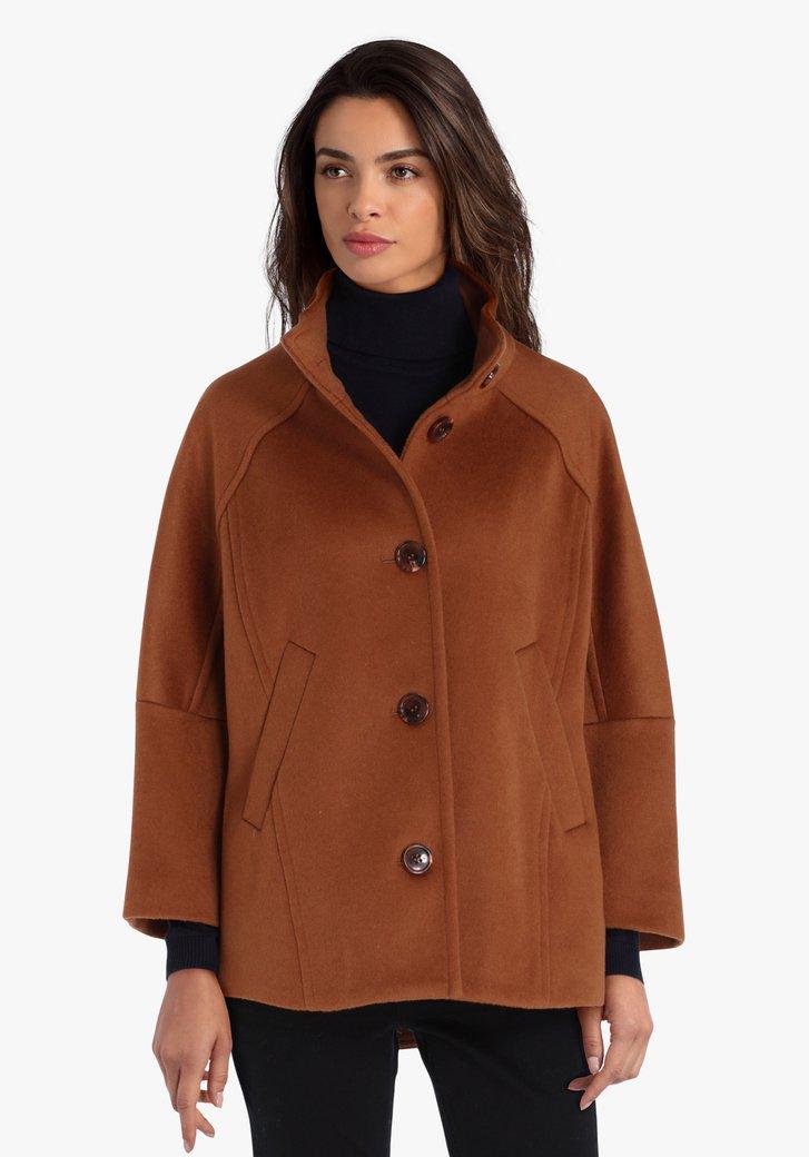 Bruine mantel met 3/4e mouwen