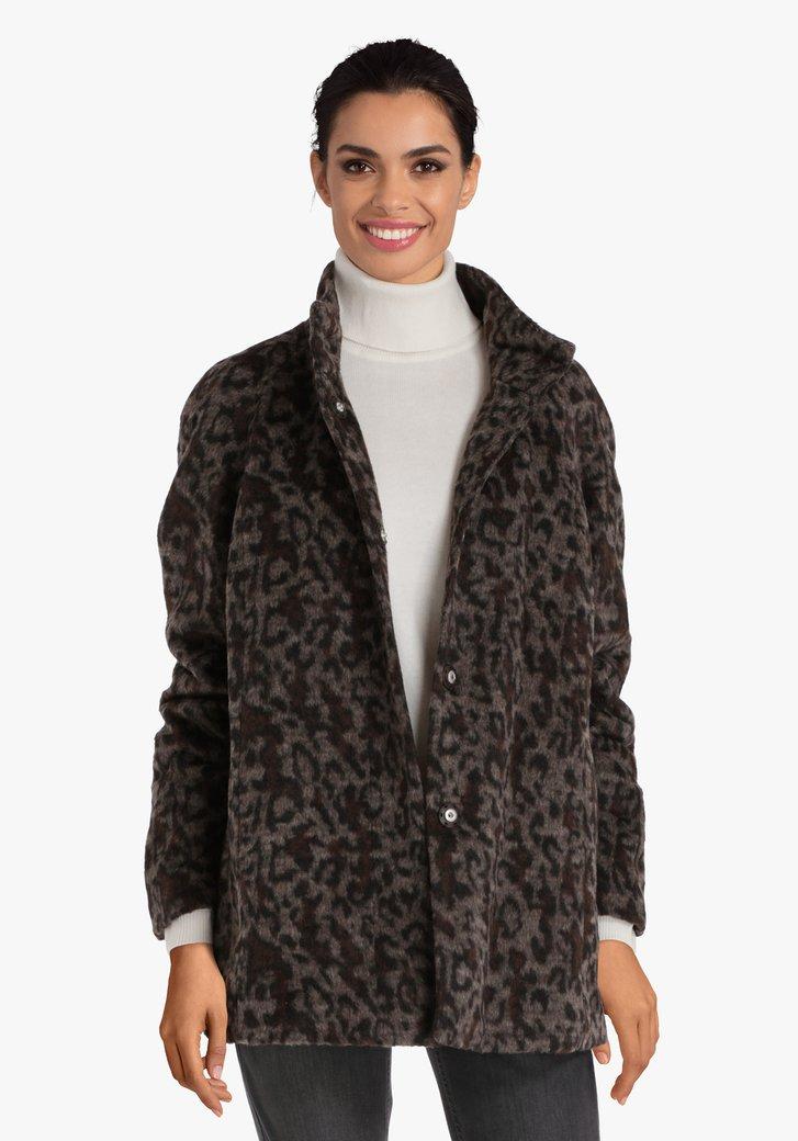 Bruine mantel met luipaardprint