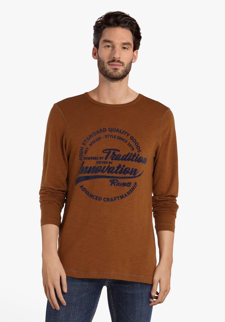 Bruine T-shirt met opschrift