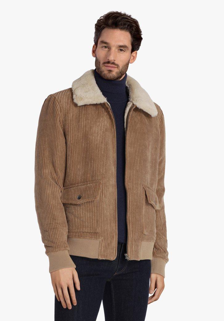 Bruine vest in ribfluweel met zachte kraag