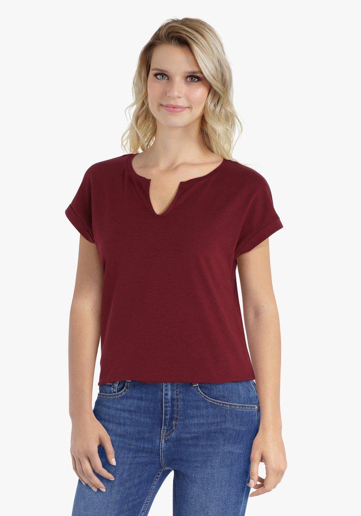 Chocoladebruine T-shirt met kleine V-hals