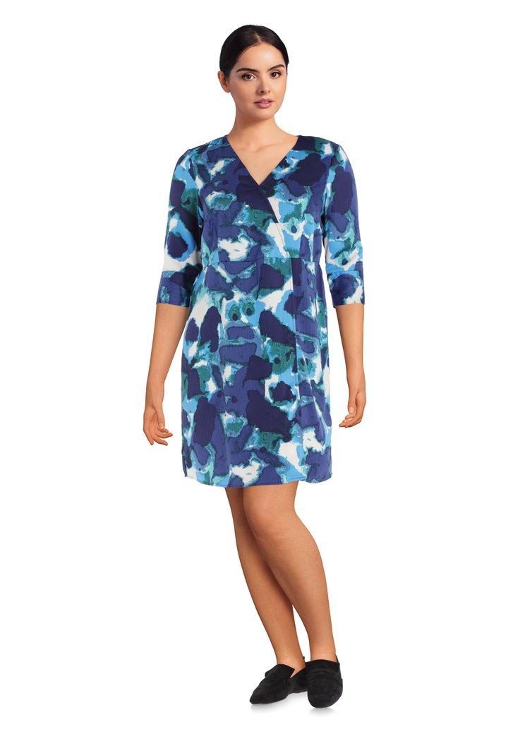 Donkerblauw kleed met schilderachtige print