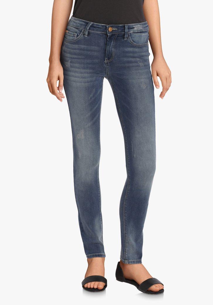 Donkerblauwe jeans met wassing – slim fit