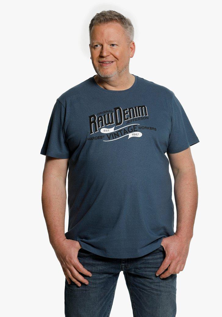 Donkerblauwe T-shirt met zwart opschrift