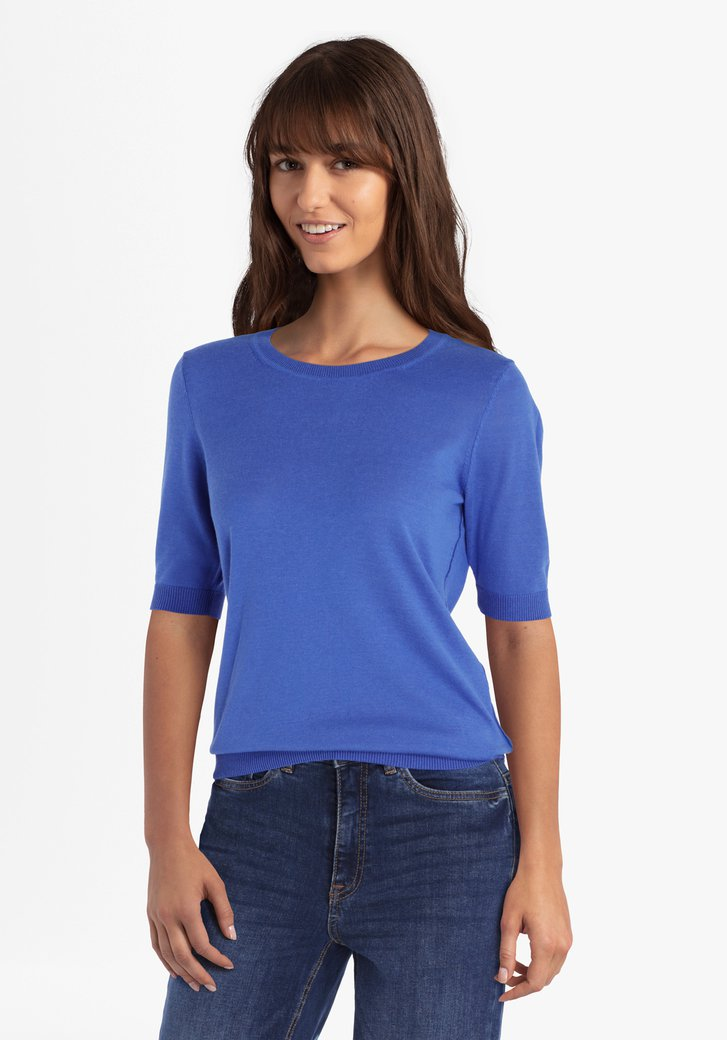 Donkerblauwe trui met korte mouwen