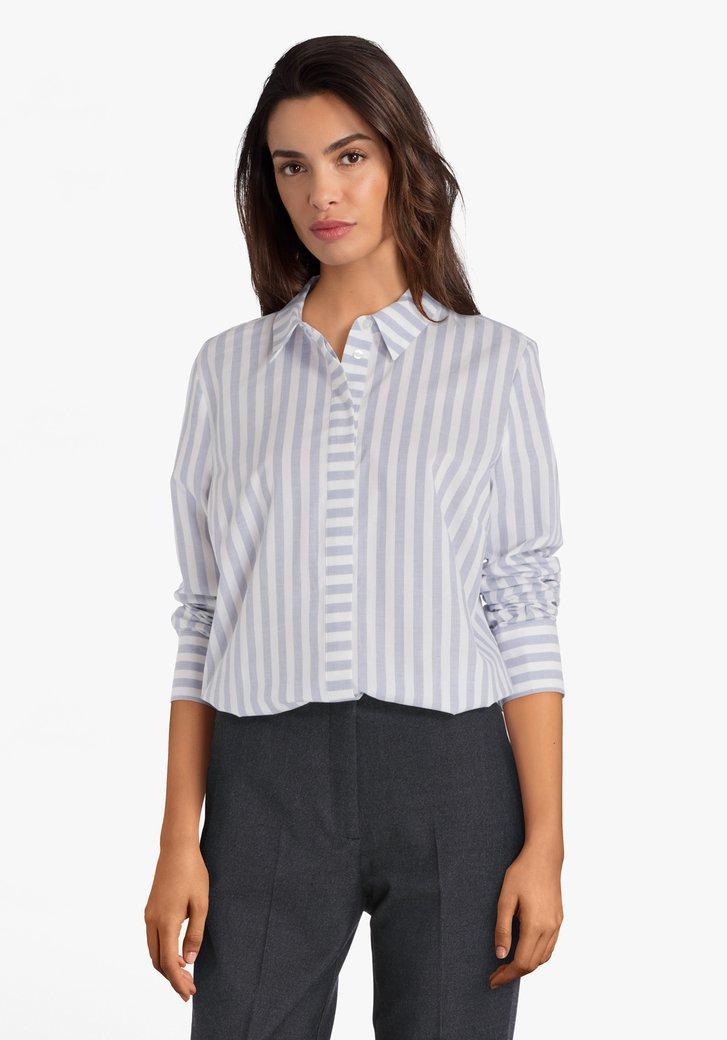 Ecru blouse met blauwe strepen