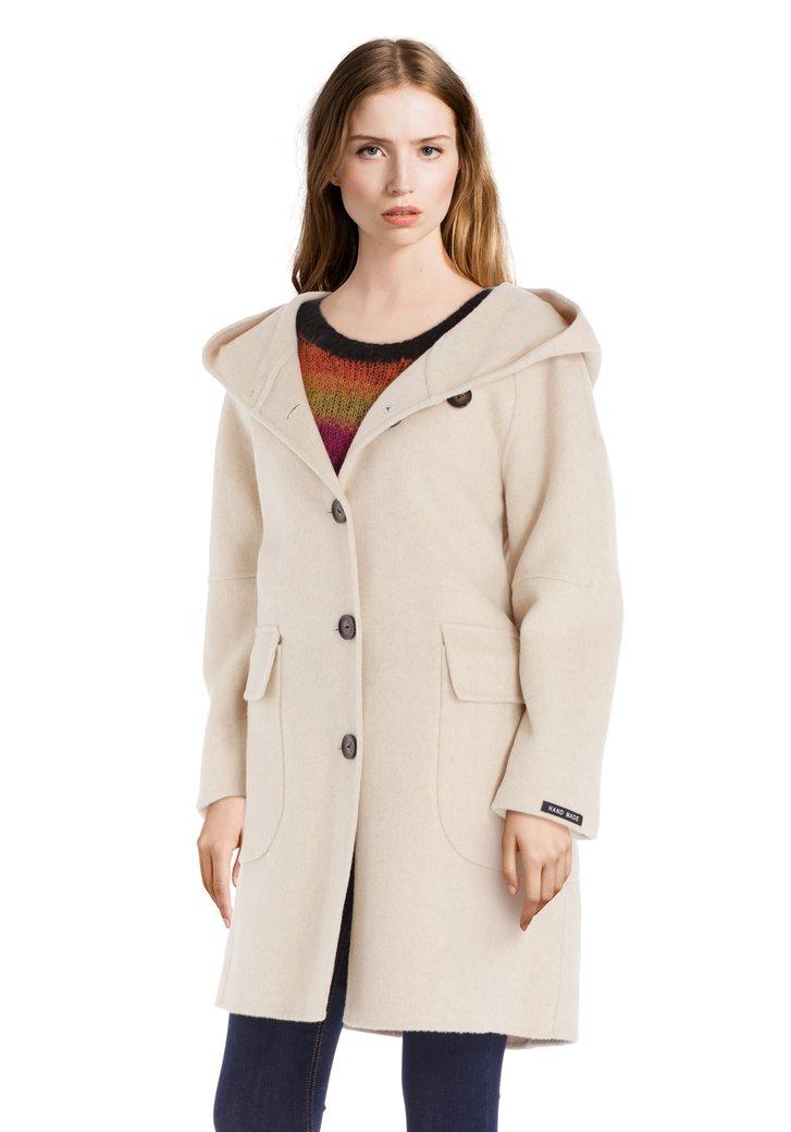 Afbeelding van Ecru handgemaakte mantel met wol