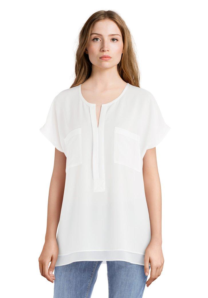 Ecru T-shirt met V-hals en zakken