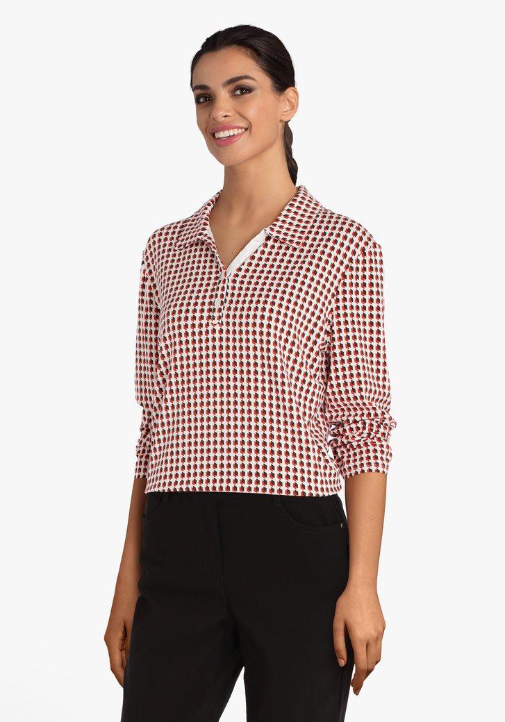 Ecru T-shirt met zwart-rode blokjes