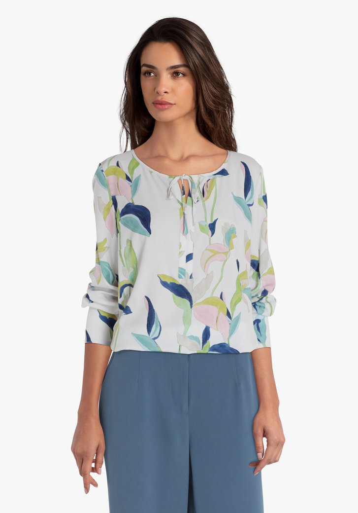 Gebroken witte blouse met pastelkleurige print
