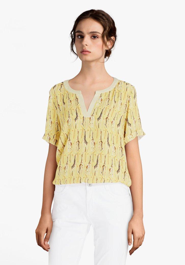 Gele blouse met giraffen