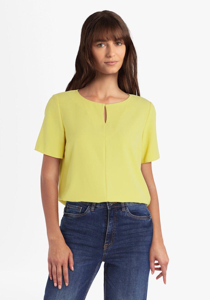 Gele blouse met verticale deelnaad